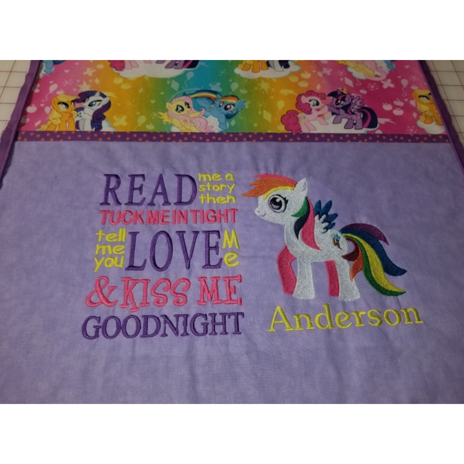 my little pony with read me a story embroidery designs