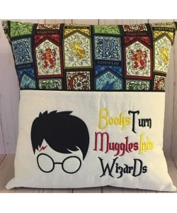 Harry Potter Applique with Books Turn designs embroidery