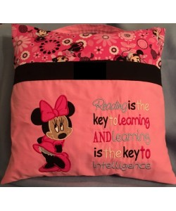 minnie mouse with reading is the key to learning