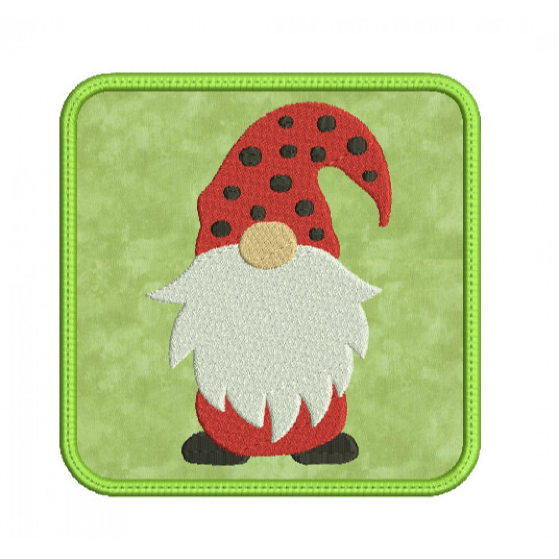 mug rug gnome in the hoop