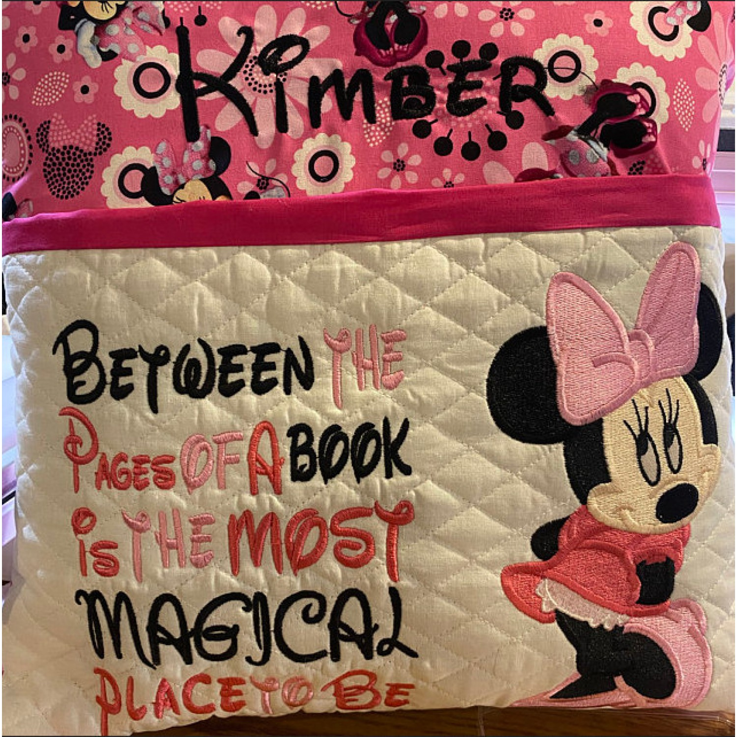 Minnie mouse embroidery with Between the Pages