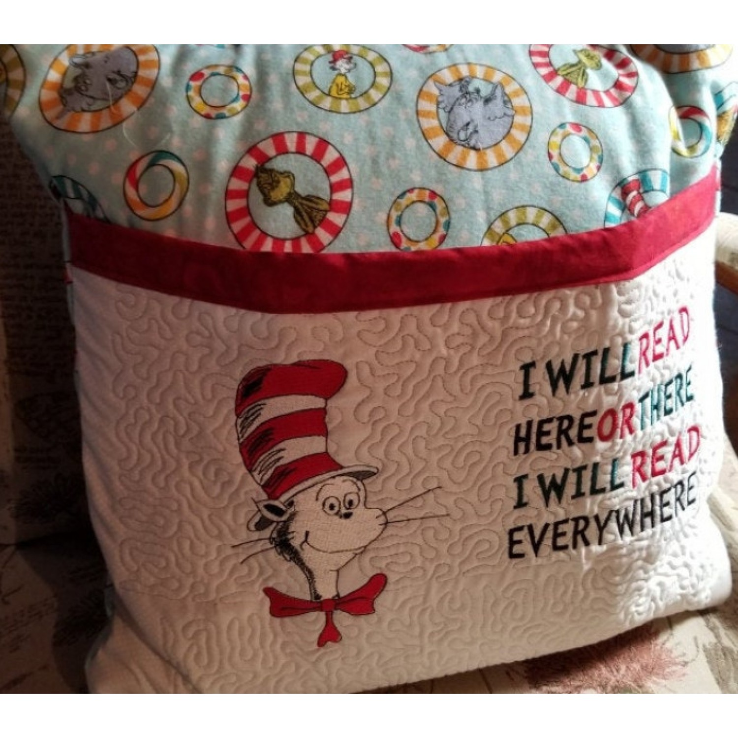 Cat in the hat with i will read designs