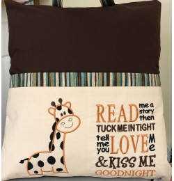 Giraffe with read me a story embroidery