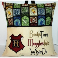 Hogwarts with Books Turn Embroidery