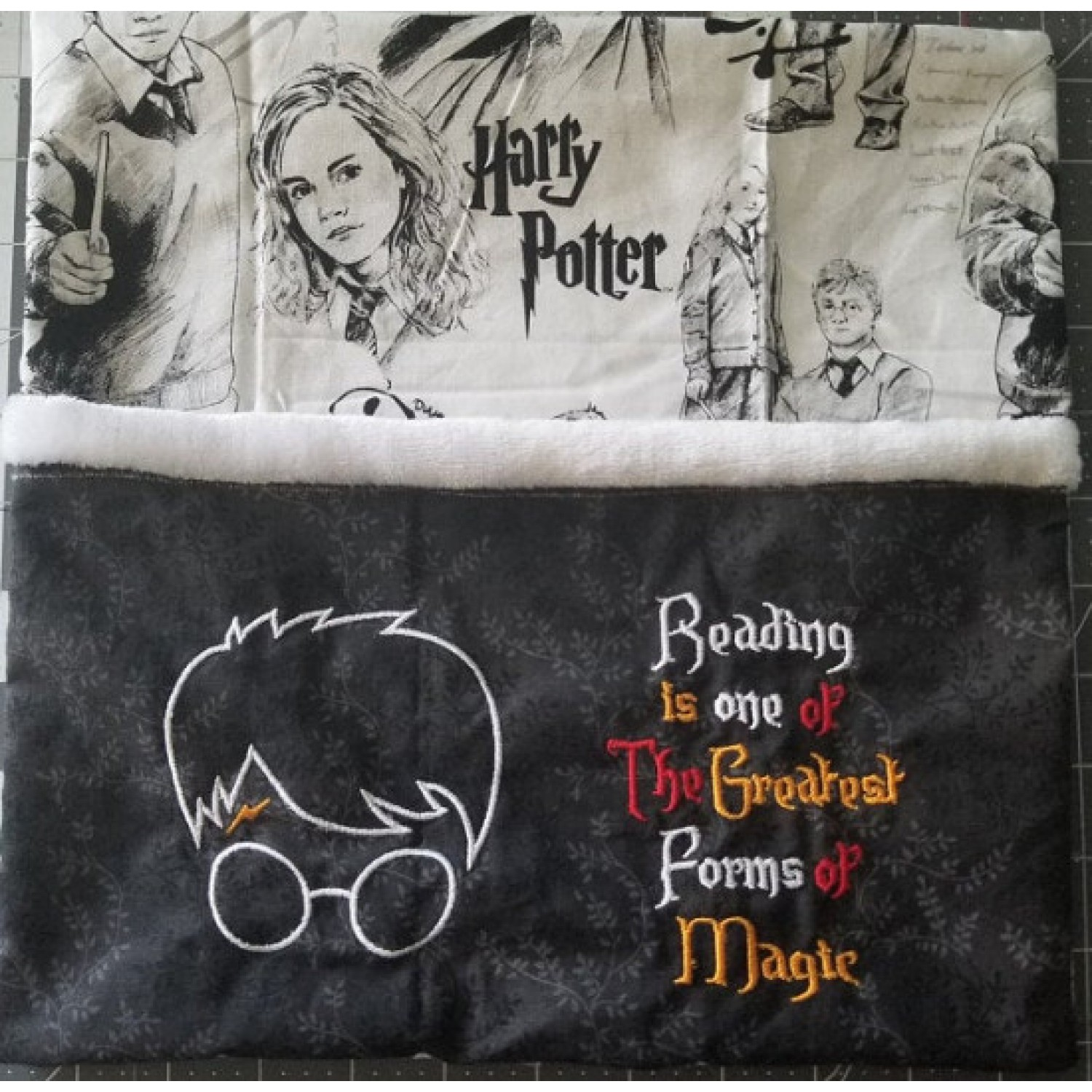 Harry Potter with Reading is one embroidery