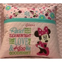 minnie mouse read me a story embroidery